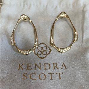 Jewelry - Kendra scott gold earrings